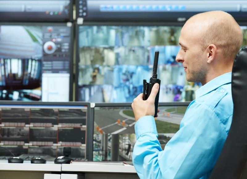 Best Two-Way Radios for Business in 2021